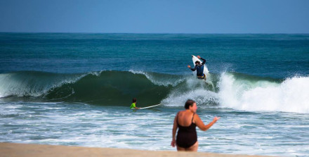 Toby Diggens Surfing Cape Hatteras