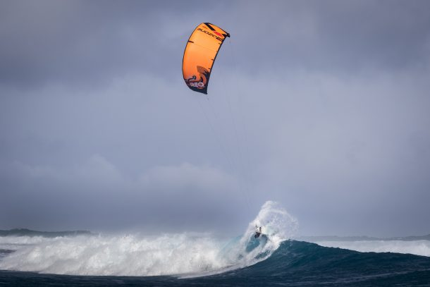 The Ozone Reo V4 is known as the best wave kite on the market.